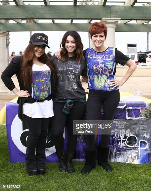 Brooke Lewis Jillian Rose Reed and Carolyn Hennesy attend the Los Angeles NEDA Walk on April 7 2018 in Santa Monica California