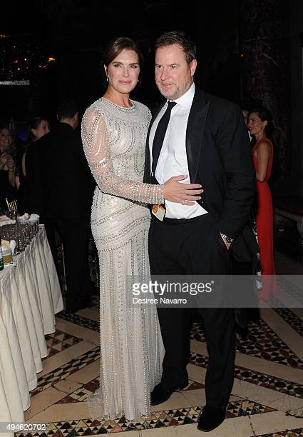Brooke Shields and Chris Henchy attend Alzheimer's Association 32nd Annual Rita Hayworth Gala at Cipriani 42nd Street on October 27 2015 in New York...