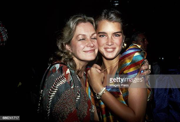 Brooke Shields and her mom Teri Shields circa 1981 in New York City