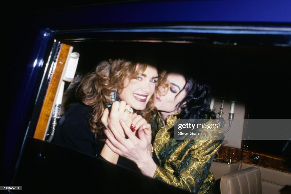 Brooke Shields and Michael Jackson attend the 35th Annual GRAMMY Awards after party at Jimmy's Restaurant on February 24, 1993 in Beverly Hills, California.