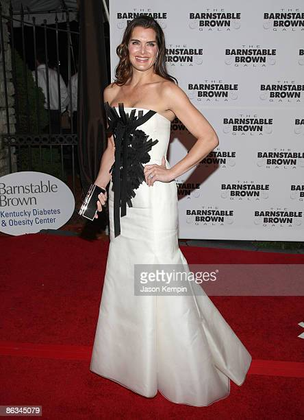 Brooke Shields attends the Barnstable Brown Party Celebrating The 135th Kentucky Derby at Barnstable Brown House on May 1 2009 in Louisville Kentucky