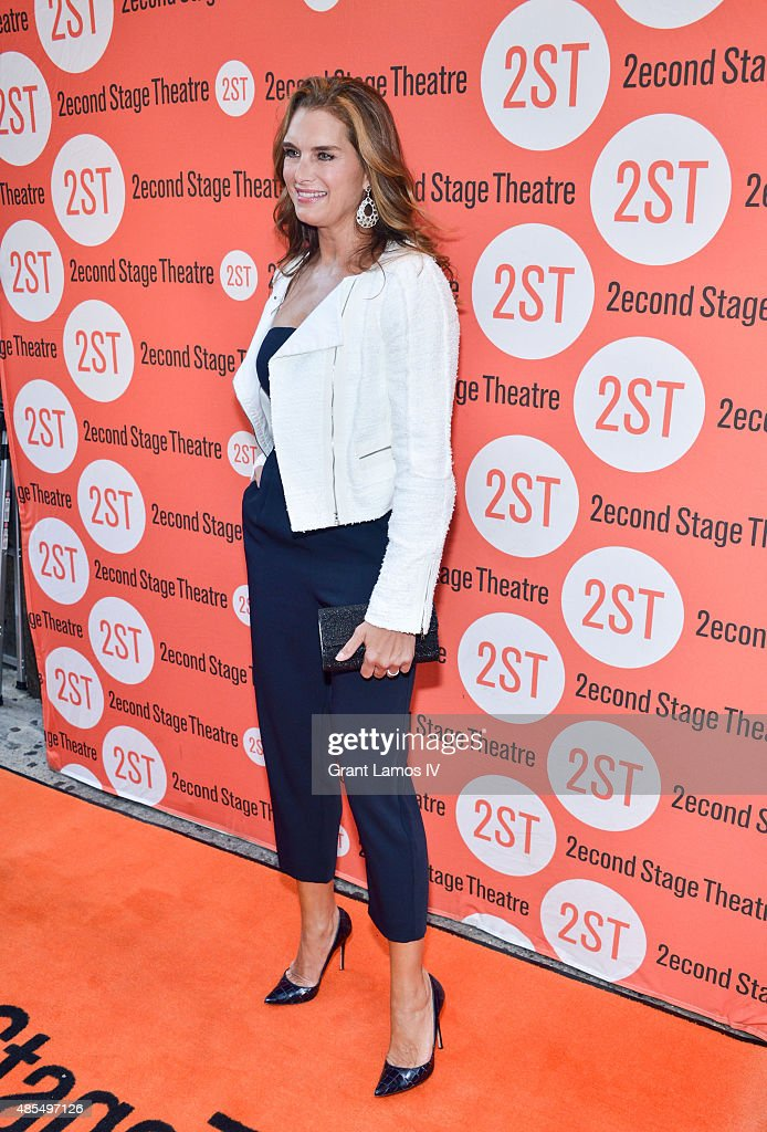 Brooke Shields attends the 'Whorl Inside A Loop' off-broadway opening night at Second Stage Theatre on August 27, 2015 in New York City.