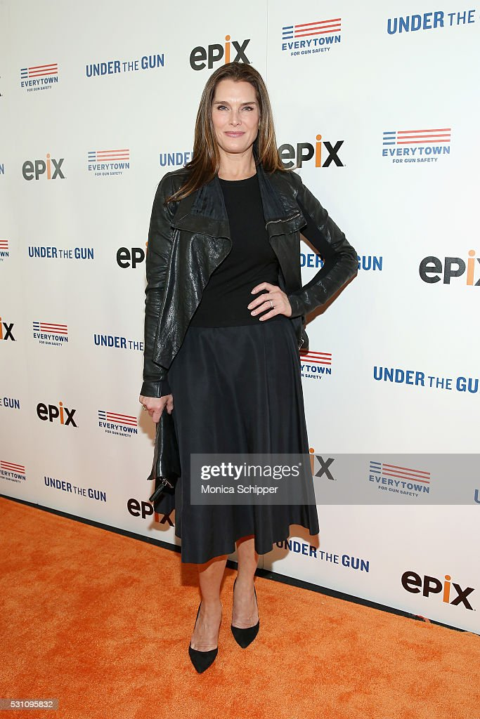 Brooke Shields attends Under the Gun NY Premiere Event With Katie Couric & Stephanie Soechtig on May 12, 2016 in New York City.