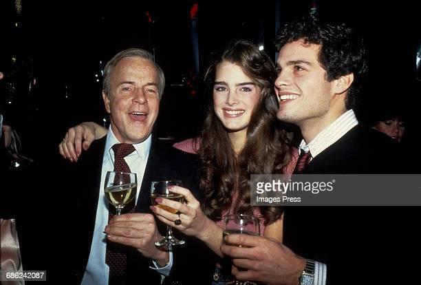 Brooke Shields with 'Endless Love' Director Franco Zeffirelli and costar Martin Hewitt circa 1981 in New York City