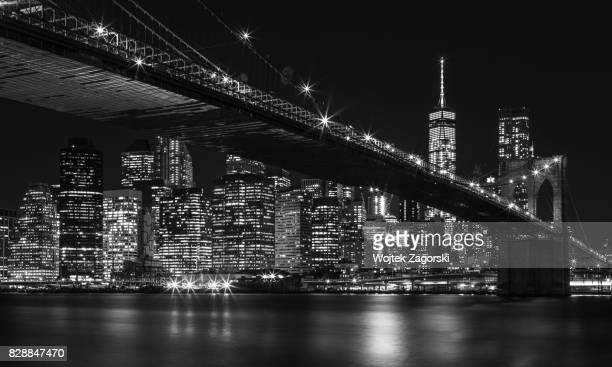 brooklyn bridge at night - brooklyn bridge stock pictures, royalty-free photos & images