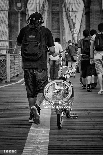 CONTENT] Brooklyn bridge bike bling gangsta back monochrome nyc new york city bw black and white overpass