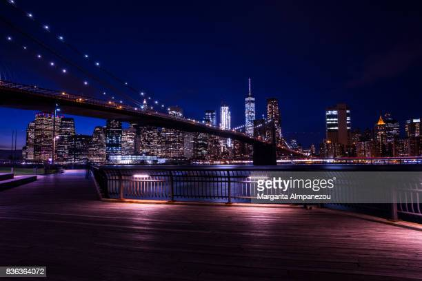 brooklyn bridge by night - brooklyn new york 個照片及圖片檔