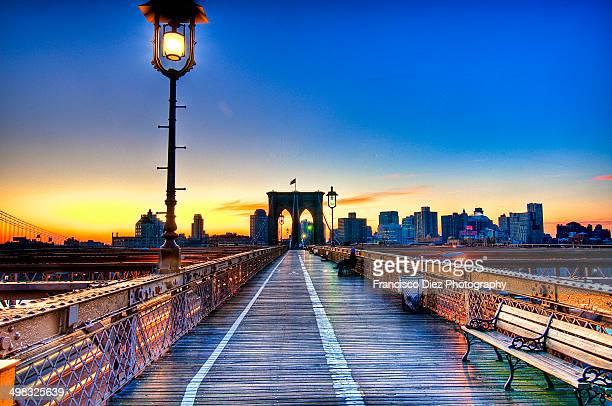 brooklyn bridge, new york city - national_historic_landmark stock pictures, royalty-free photos & images