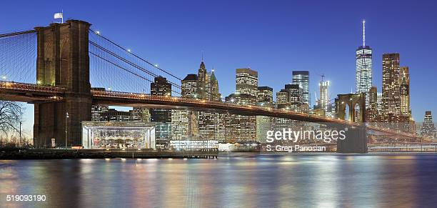 brooklyn bridge - new york skyline - brooklyn bridge stock pictures, royalty-free photos & images