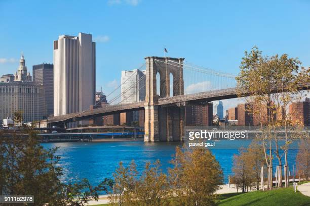 brooklyn bridge park new york city - dumbo imagens e fotografias de stock