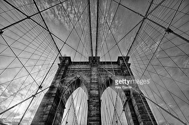 Brooklyn Bridge perspective - Black and White