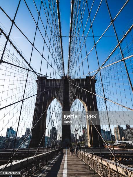 brooklyn bridge - brooklyn bridge stock pictures, royalty-free photos & images