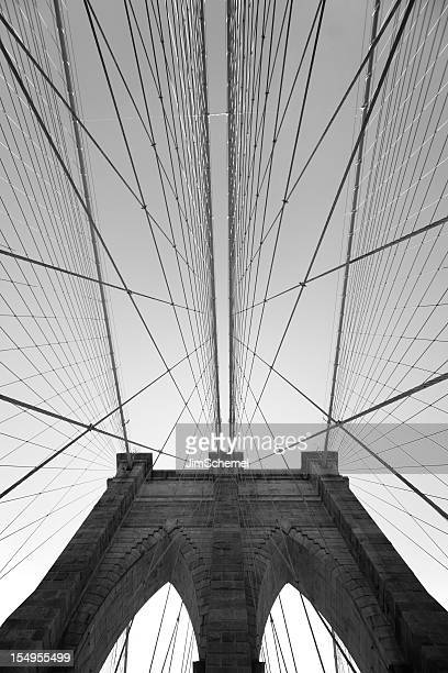 brooklyn bridge - vertical stock pictures, royalty-free photos & images