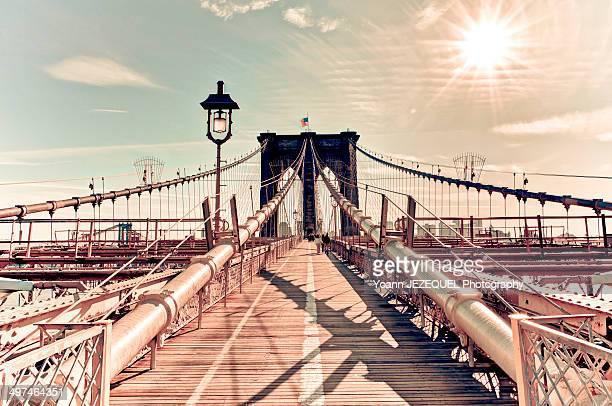 brooklyn bridge - national_historic_landmark stock pictures, royalty-free photos & images