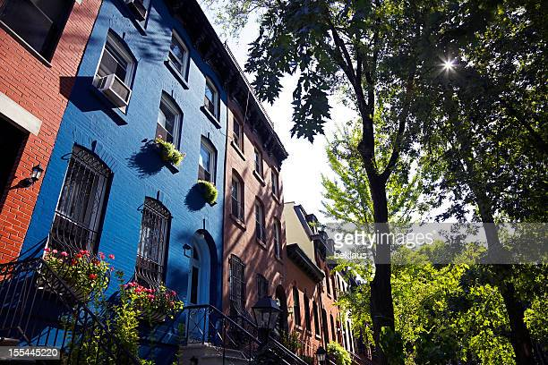 brooklyn brownstones - terraced_house stock pictures, royalty-free photos & images