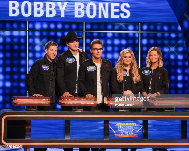 FEUD Brooklyn Decker Andy Roddick vs Bobby Bones and Tara Lipinski vs Johnny Weir Actress and tech entrepreneur Brooklyn Decker and her husband Andy...