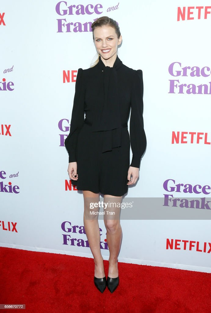 """Screening For Netflix's """"Grace And Frankie"""" Season 3 - Arrivals : News Photo"""