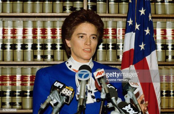 Brooklyn District Attorney Elizabeth Holtzman holds a press conference November 19 1986 to announce Colombo Crime Family's Boss Carmine Persico's...