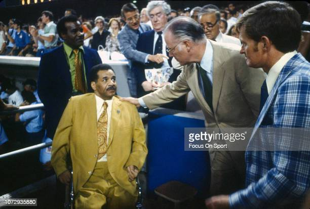 Brooklyn Dodgers great Roy Campanella and baseball commissioner Bowie Kuhn before a 1978 world series game between the Los Angeles Dodgers and New...