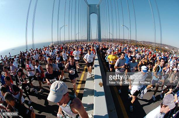 Brooklynbound runners fill the Verrazano Bridge on the way from Staten Island where 37257 competitors started the New York City Marathon
