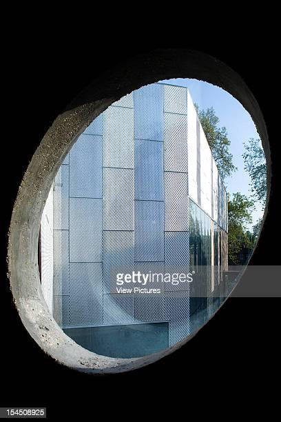 39 Brookmill RoadUnited Kingdom Architect London The Stephen Lawrence Centre Oval Window