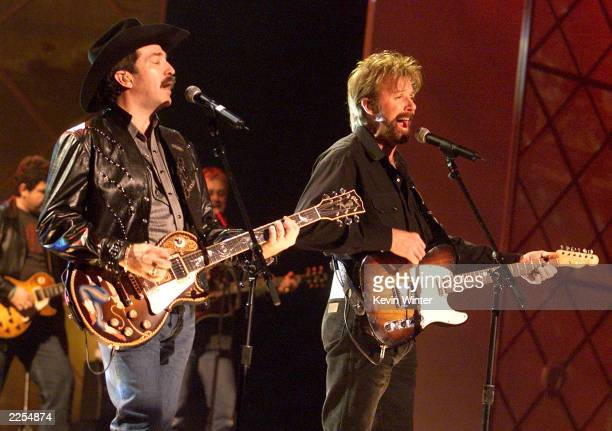 Brooks and Dunn rehearse for The 29th Annual American Music Awards at the Shrine Auditorium in Los Angeles Ca Monday January 7 2002 Photo by Kevin...