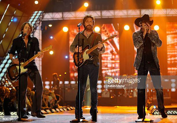 Brooks & Dunn perform with Keith Urban onstage during the 2008 CMT Music Awards at the Curb Event Center at Belmont University on April 14, 2008 in...