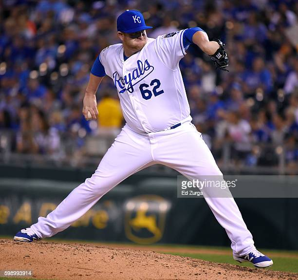 Brooks Pounders of the Kansas City Royals throws in the ninth inning against the Detroit Tigers at Kauffman Stadium on September 3 2016 in Kansas...