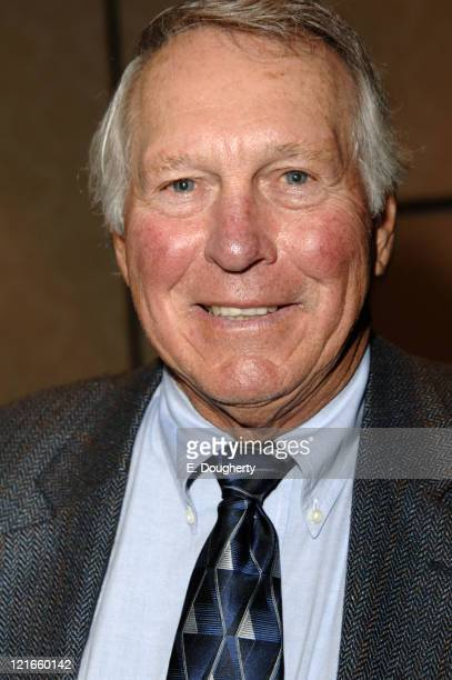 Brooks Robinson Hall of Famer former Baltimore Orioles third baseman at The 6th Annual Major League Baseball Players Alumni Dinner ath the Hilton New...