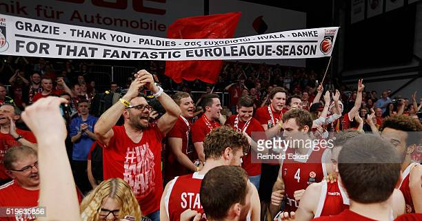 Brose Basket fans and Nicolo Melli after the 20152016 Turkish Airlines Euroleague Basketball Top 16 Round 14 game between Brose Baskets Bamberg v...
