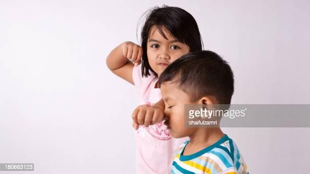 brother and sister - shaifulzamri foto e immagini stock