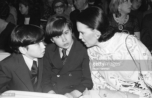 Brothers Carter Cooper & Anderson Cooper and their mother socialite Gloria Vanderbilt at the Plaza Hotel in 1979 in New York City, New York.