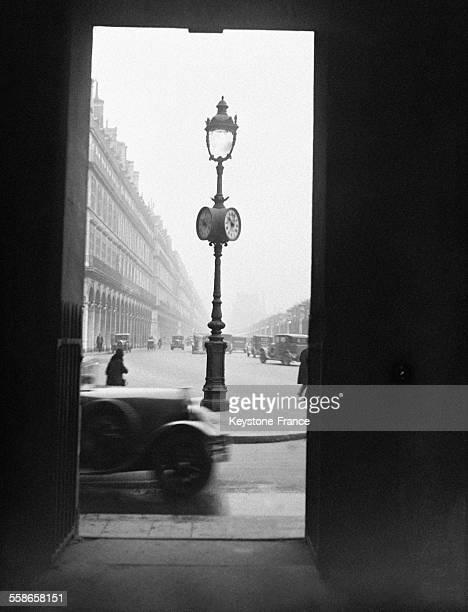 Brouillard épais Place de la Concorde le 6 décembre 1930 à Paris France