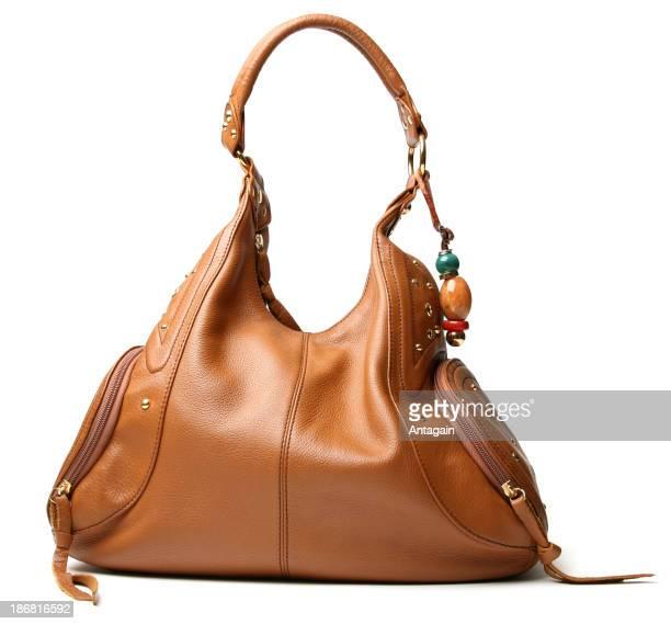 茶色のハンドバッグ