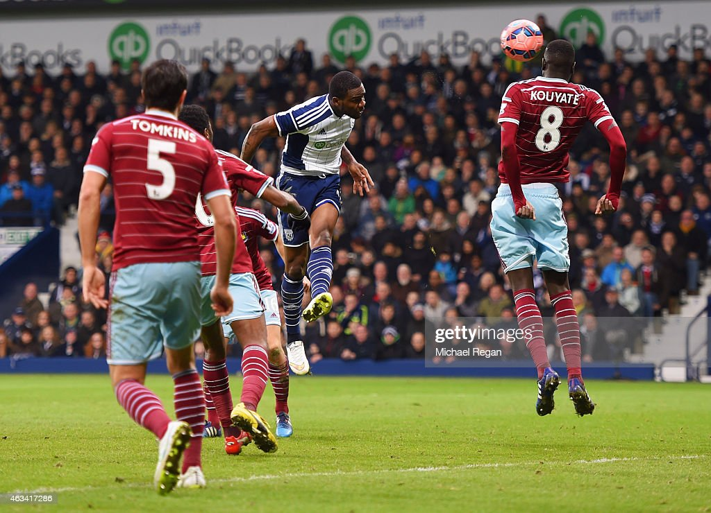 Brown Ideye of West Bromwich Albion (C) scores their third goal with a header during the FA Cup Fifth Round match between West Bromwich Albion and West Ham United at The Hawthorns on February 14, 2015 in West Bromwich, England.