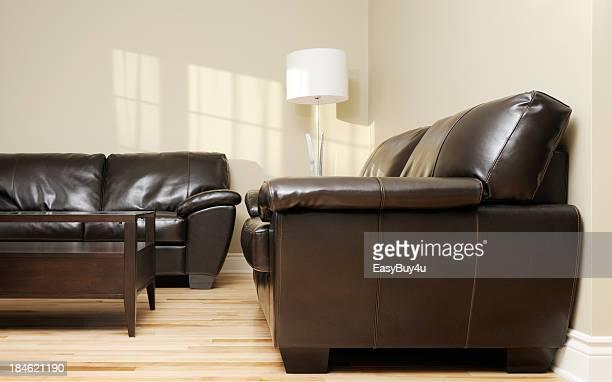 Sofá de couro marrom