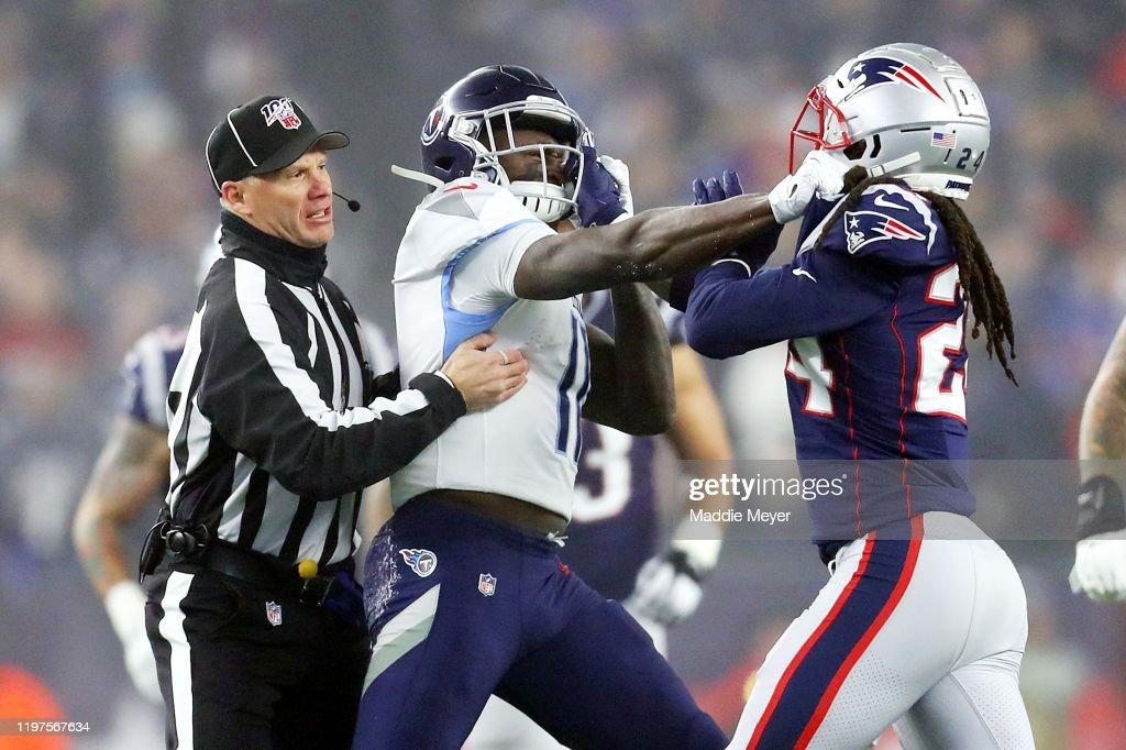 Wild Card Round - Tennessee Titans v New England Patriots : News Photo