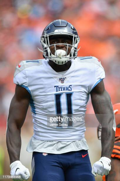 Brown of the Tennessee Titans celebrates against the Cleveland Browns at FirstEnergy Stadium on September 08, 2019 in Cleveland, Ohio.