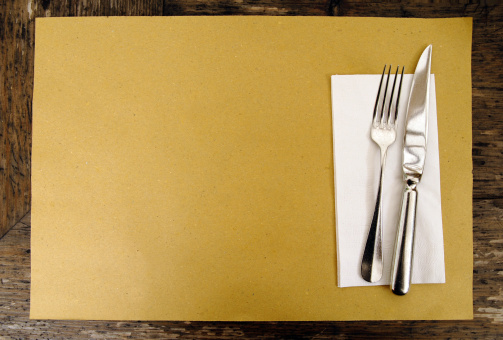 Brown Paper Place Setting 157280178