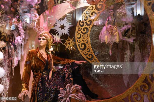 Brown Thomas reveals this years Christmas eight-window display with City of Dublin used as inspiration and crafted versions of the citys most...
