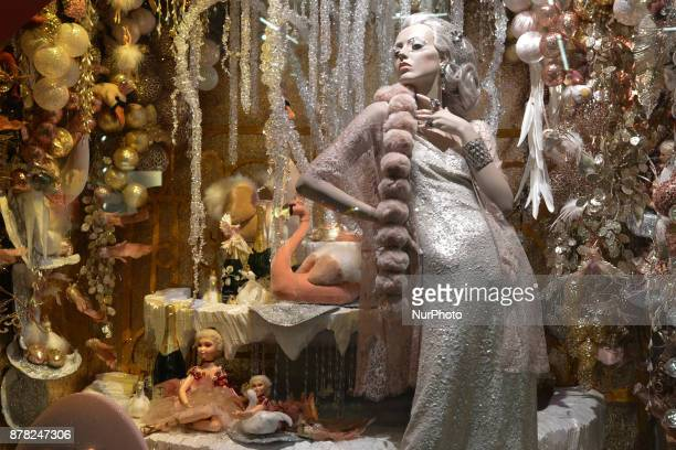 Brown Thomas reveals this years Christmas eightwindow display with City of Dublin used as inspiration and crafted versions of the citys most historic...