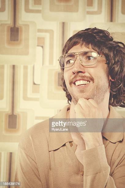 hombre retro browns - hombre feo fotografías e imágenes de stock