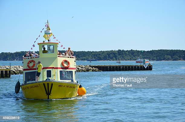 brownsea island ferry - quayside stock pictures, royalty-free photos & images