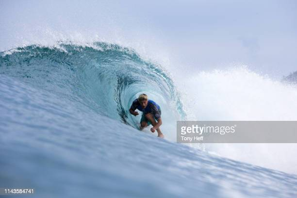 Bruce Irons of Hawaii surfing in the 2016 Billabong Pipe Masters