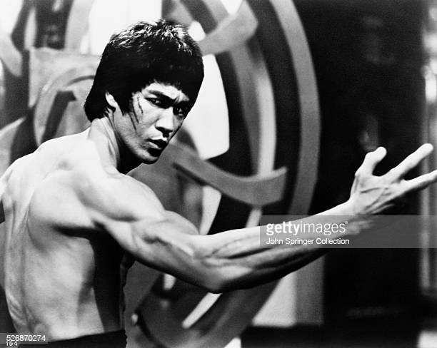 Bruce Lee in a fight scene of Enter the Dragon