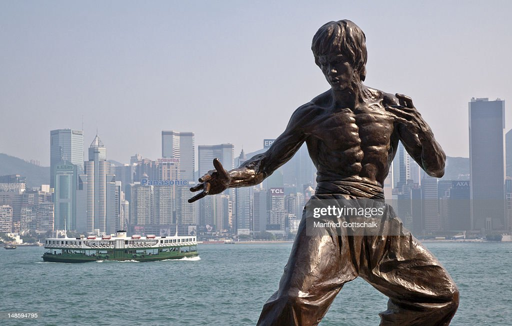 Bruce Lee statue. : Stock Photo