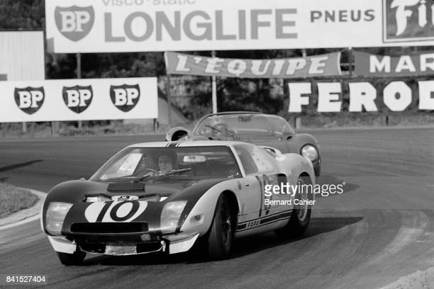 Bruce McLaren Ford GT40 24 Hours of Le Mans Le Mans 22 June 1964