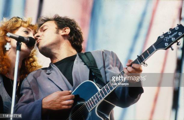 Bruce Springsteen and the E Street Band Bruce Springsteen Patti Scialfa Hippodrome de Vincennes Paris France 19th June 1988