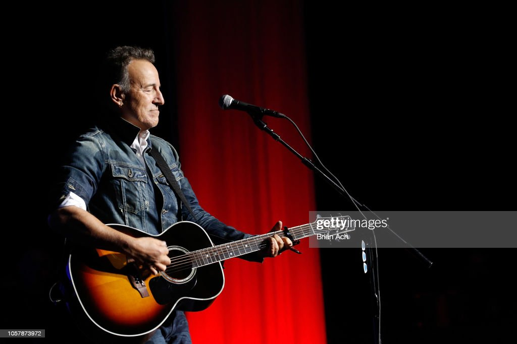The New York Comedy Festival And The Bob Woodruff Foundation Present The 12th Annual Stand Up For Heroes Event : News Photo