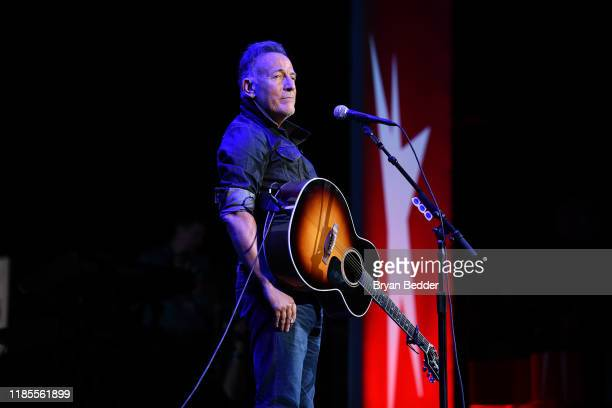 Bruce Springsteen performs onstage during the 13th annual Stand Up for Heroes to benefit the Bob Woodruff Foundation at The Hulu Theater at Madison...